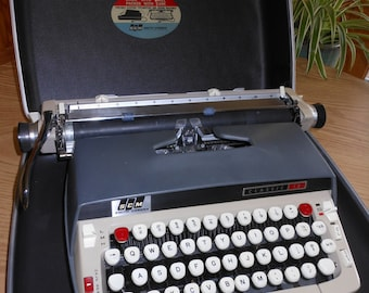 1960s Smith Corona Typewriter Classic 12, 10% off
