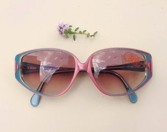 80s Nigura sunglasses /  Nos Vintage deadstock frames / cateye blue pink sunglasses / Germany women's Eyewear