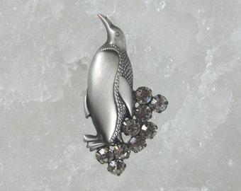 Penguin Brooch- Penguin Jewelry- Penguin Pin- Penguin Gift