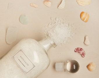 Detox Bath Salts - invigorating - soothing - organic lemongrass mint- glass apothecary bottle - mother's day