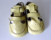 vintage infant leather shoes, 1950's baby yellow shoes