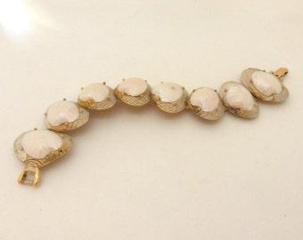 Vintage 1950's Gold Double Shell Funky Summer Link Bracelet