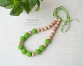 Nursing necklace/ Green Teething necklace/ Nursing necklace/Babywearing necklace/ Baby Nursing necklace/ Chew necklace