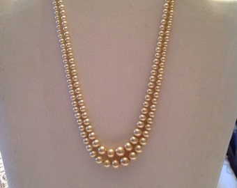 Vintage double strand pearl necklace.