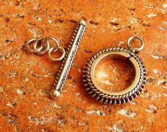 Toggle Clasp with Wire Ornament, Oxidized Sterling Silver .925, 16mm with 23mm Bar, Closed Ring and Extended Links, SCL222