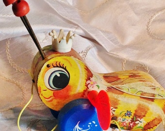 Vintage Fischer Price Queen Buzzy Bee Pull Toy Collectibles by NorthCoastCottage Jewelry Design & Vintage Treasures