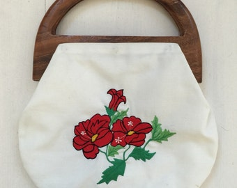 SALE! 1980s Wooden Handle Bermuda Bag Vintage Purse