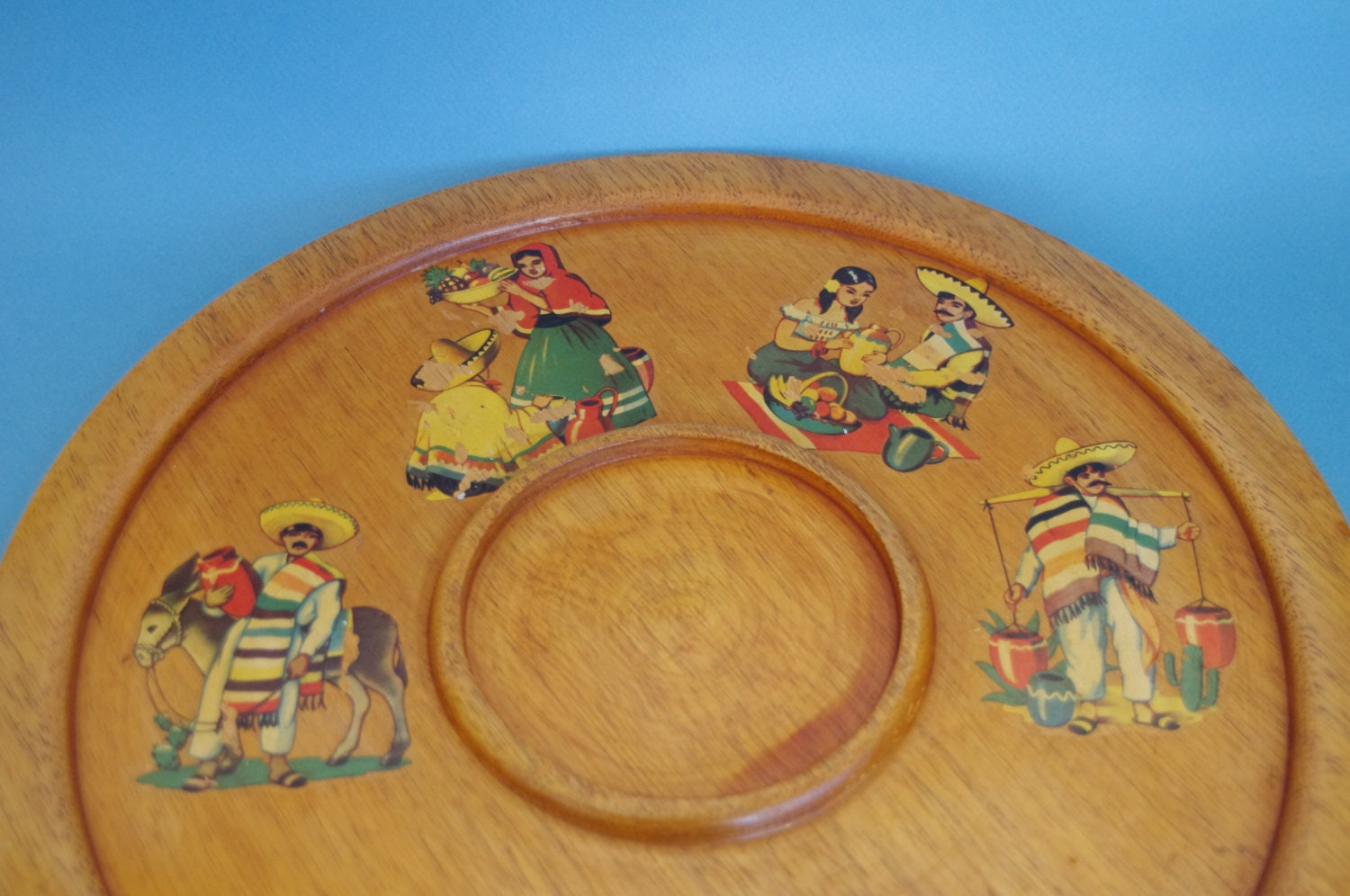 1950s serving tray Mexican decals, wooden platter for dips