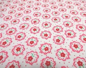 Japanese Fabric LECIEN Flower Sugar Small Flower White FQ
