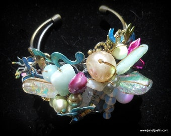 butterfly bracelet with pearls and bling