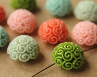 SALE - 10 pc. Multi-Colored Twirl Bouquet Beads 19mm   RES-513