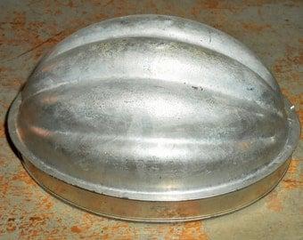 Vintage Melon Mold, Tin, England, Pudding Mold, Jello Mold, Bread Pudding Mold, Metal, Primitive, Baking Pan, Tin Mold