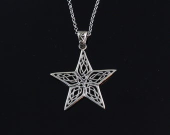 925 Sterling silver celtic star Necklace, Silver celtic knoted star necklace, sterling star pendant necklace, sterling silver star 5345
