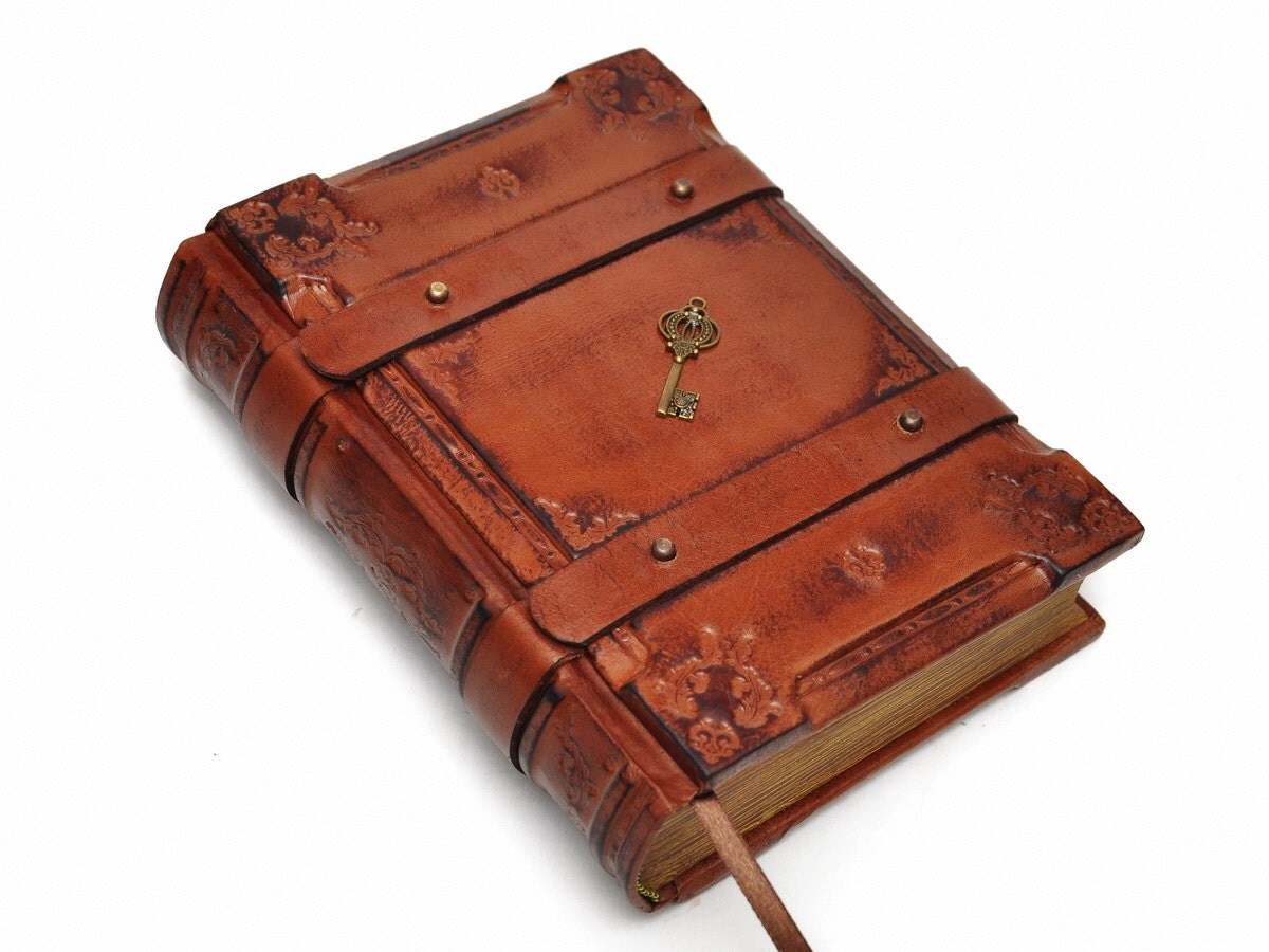 Handmade Brown Leather Journal Medieval Style 6x8 Inch