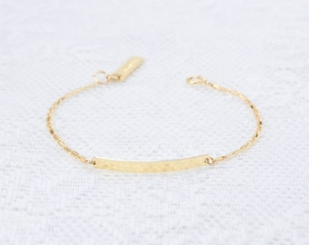 Dainty Bar Bracelet, Gold Bar Bracelet, Nameplate Bracelet, Layering Bracelet, Skinny Bar Bracelet, Gold Filled Bracelet, Everyday Jewelry.
