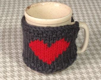 Heart mug cosy / cup cover in grey pure wool. Handknit mug cozy