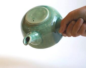 Japanese style teapot - yokode kyusu celadon