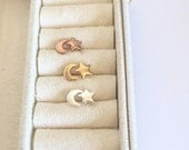 Moon and Star stud earrings - Silver star -  Tiny Star post earrings - Moon post earrings - Tiny crescent moon and star post earrings