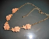 Free Shipping - Vintage rose and faux pearl necklace in pretty gift box