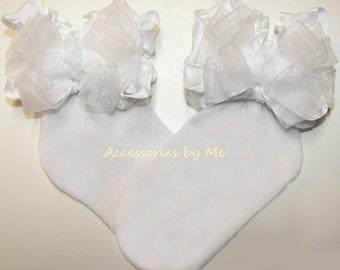Frilly White Socks, Baby Ruffle Bow Socks, White Baptism Socks, Infant White Christening Socks, White Flower Girls Socks, 1st Communion Sock