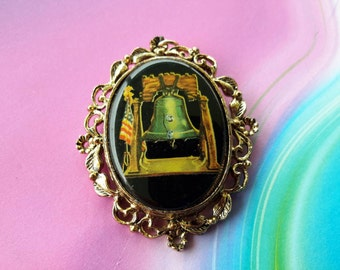 vintage brooch pin jewelry costume mini portrait cameo