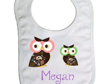 Owls personalized  baby bib, baby shower gift- -B021