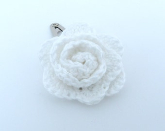 1 White  crochet rose hair clip.
