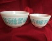Vintage Butterprint Pyrex Ovenware Bowls - Set of 2 - matching pattern