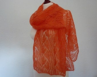 "SALE - 20% OFF Handknitted old lace "" Day flower"" scarf"