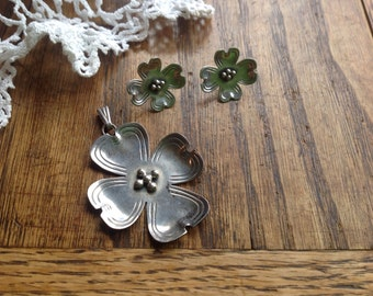 Vintage Sterling Pendant and Earrings Dogwood blossum