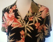Vintage 1980s Womens Hawaiian Black Floral Print Blouse with Faux Wood Buttons Size Large
