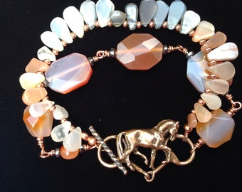 Dressage horse jewely bracelet with Agate gemstone beads. OOAK Zimmer