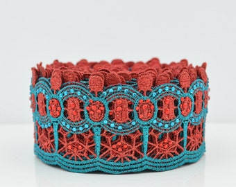 SALE 25 % off, Sparkling Lace Trim, Embroidered Lace Trim, Border, Indian Style, Geometric, Glamour Trim, Red, Turquoise, Crystals - 1 meter