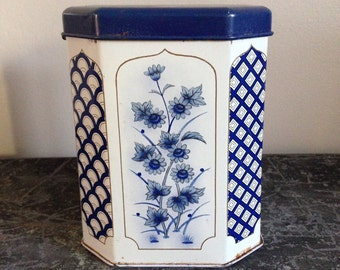 Vintage Tin Kitchen Storage