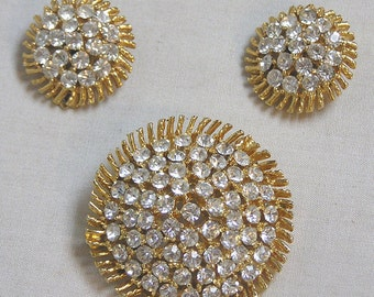Stunning Vintage Jewelry Demi Parure Brooch and Matching Earrings Like Big Sunflowers with Rhinestone Centers