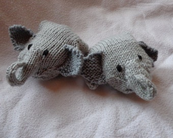 Elephant mittens-size small