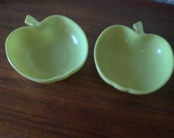 Sweet Painted Milk Glass Granny Apple Dish Group (4)
