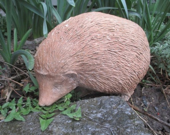 Hazel Mother Hedgehog Statue