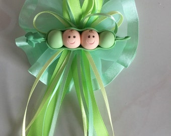 Two Peas in a Pod/ Twin Baby Shower Corsage/Pin/Birthday