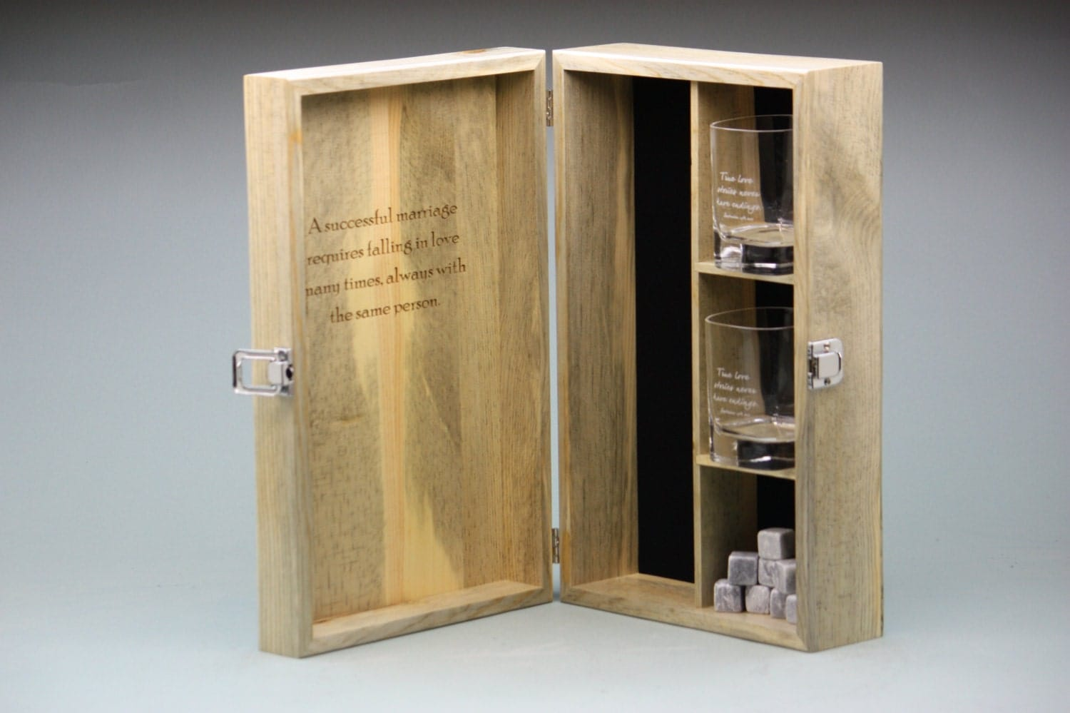 ?zoom & Custom Engraved Whiskey Box Set w 2 Engraved Glasses and Aboutintivar.Com