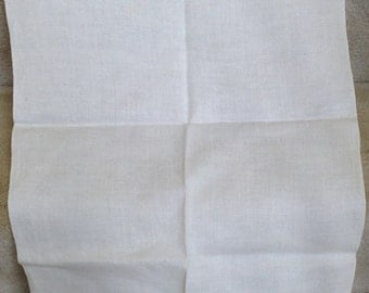 """Vintage Plain Linen Hand Towel // 17x28"""""""