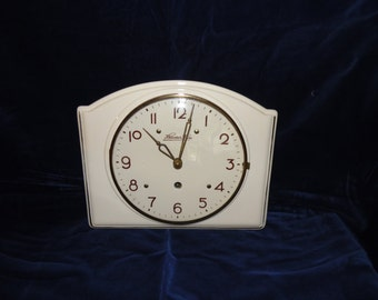 Porcelain clock.