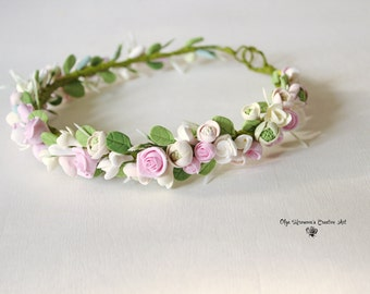 Floral crown Floral tiara Bridal headband Floral headwreath Rose buds headband Romantic flower garland Rose headwreath Summer headband