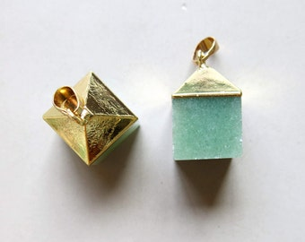 Aventurine Quartz Cube Pendant with Golden Cap - B1243