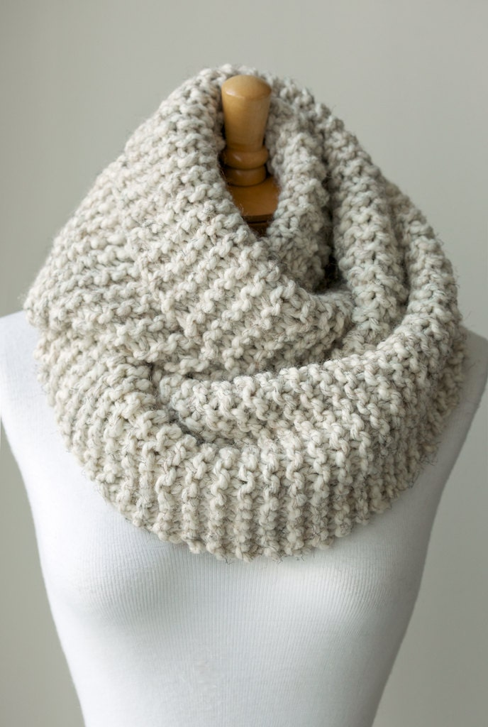 Chunky Infinity Scarf Knitting Pattern : Knit scarf chunky knit infinity scarf in Pale by PikaPikaCreative