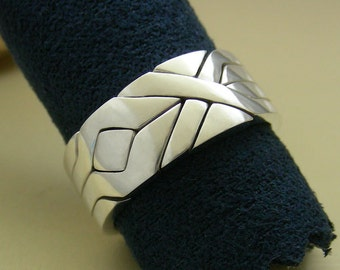 SOLIDER - Unique Puzzle Rings by PuzzleRingMaker - Sterling Silver or Gold - 4 Bands