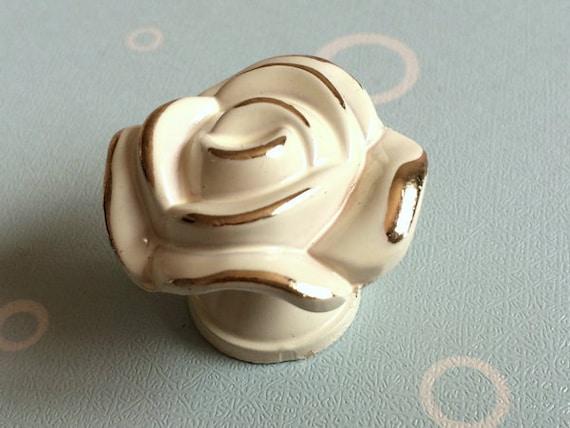 rose dresser knob drawer knobs pulls handles kitchen cabinet knob pull handle creamy white gold. Black Bedroom Furniture Sets. Home Design Ideas