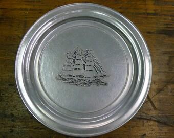 Schooner pewter plate > Wilton Columbia