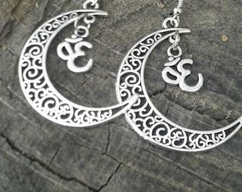 Moon & Ohm earrings~