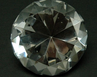 Cut Crystal Diamond Shape Paper Weight